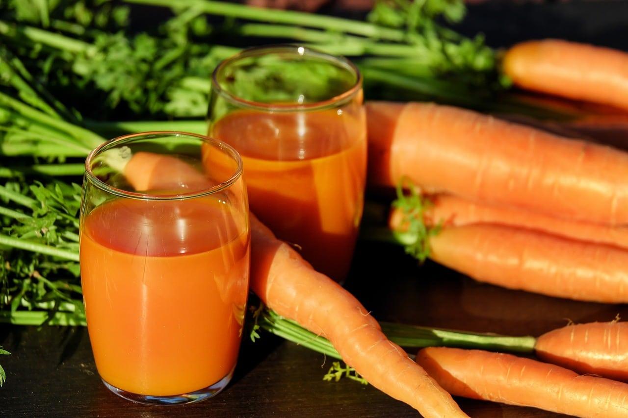 Jugo de zanahoria podría ayudar a combatir el cáncer